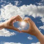 Conjuro para que lo amen de corazón con agua de mar